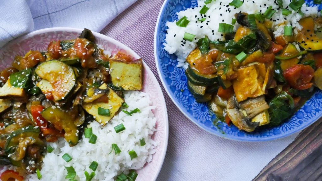 Curry z tofu z warzywami
